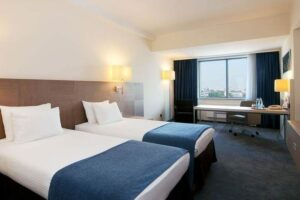 spb-hotel-holiday-inn8