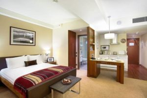Отель Staybridge Suites